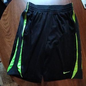 Men's Nike Dri-fit basketball shorts